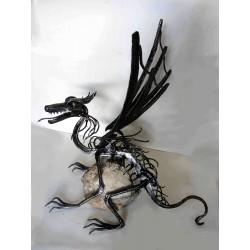 Kovaný drak - kovová plastika